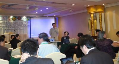 吉村教授MCによる、来年度のセミナー開催地について議論