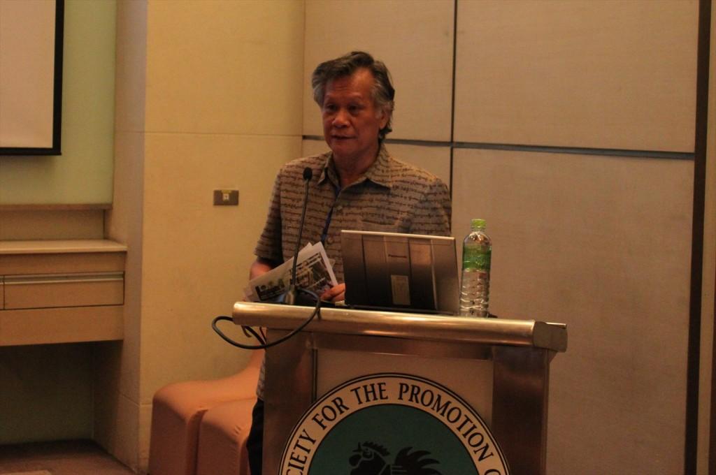 講演されるIUCN タイ代表であるDr. Chamniern