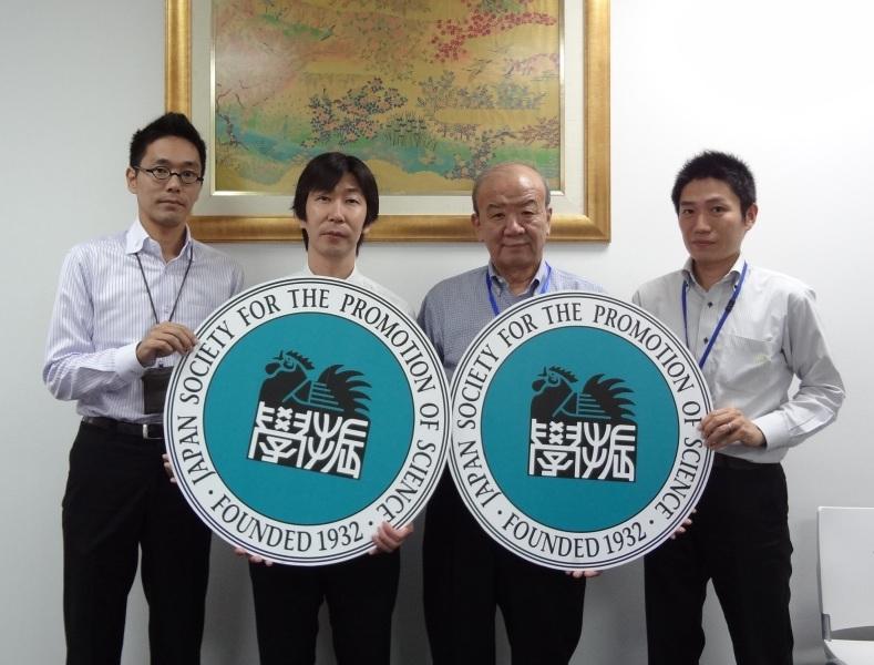 左から田辺副センター長、水野副センター長、山下バンコクセンター長、山本所長