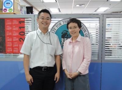 センター長、Ms. Saikaew