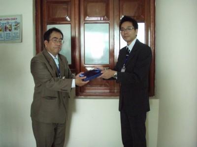 松本総長とNHUAN総長