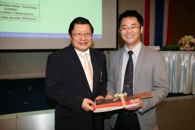 NSM Chen氏とセンター長