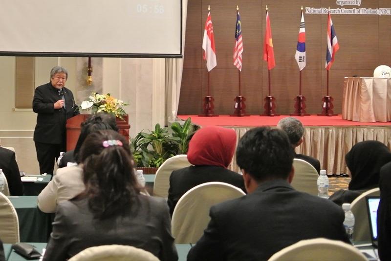 講演される小沼アジア太平洋地域代表兼事務所長