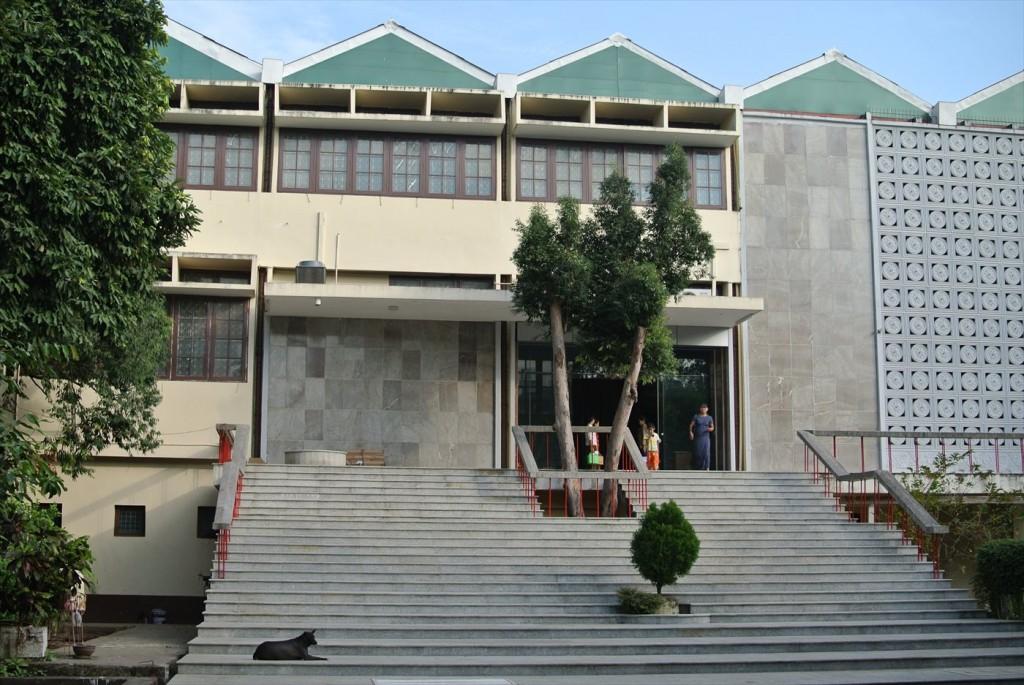 ヤンゴン大学図書館