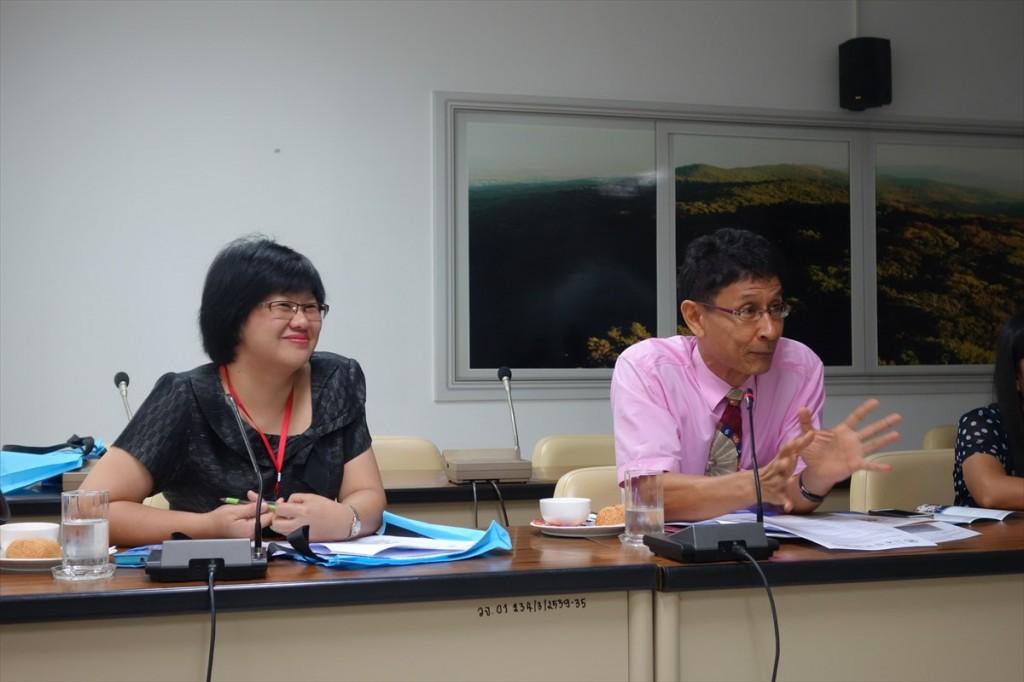 Dr. Vannarat SaechanとDr. Sompong Te-chato