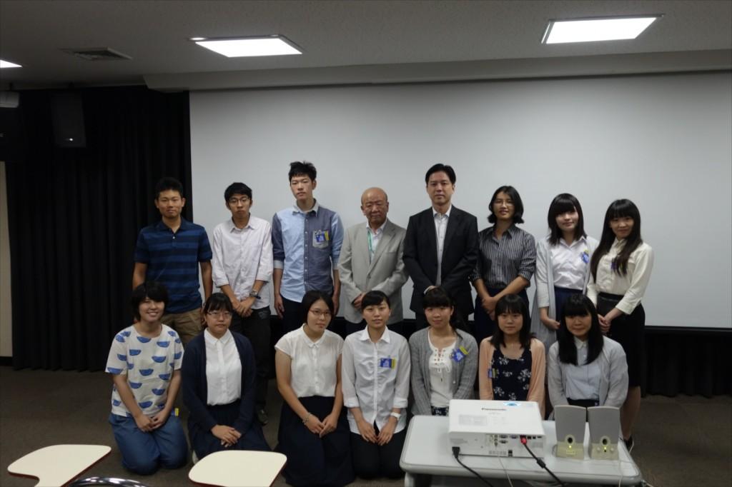 JSPS、JF、JASSOと参加学生の記念撮影