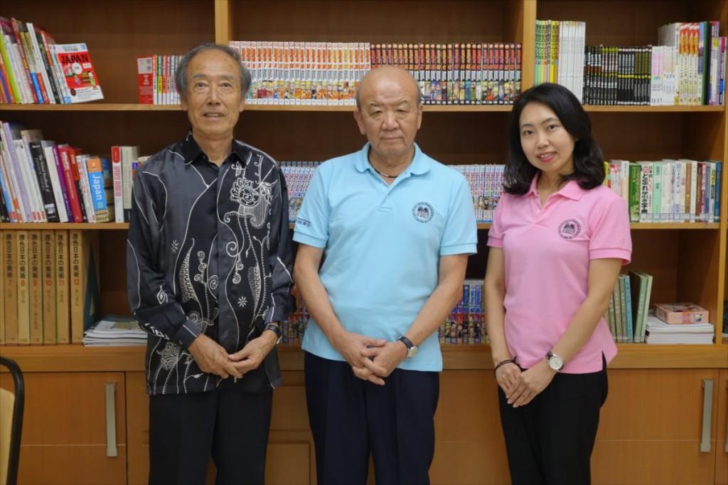 副田雅紀 JCCセンター長(左)(JCCオフィスにて)