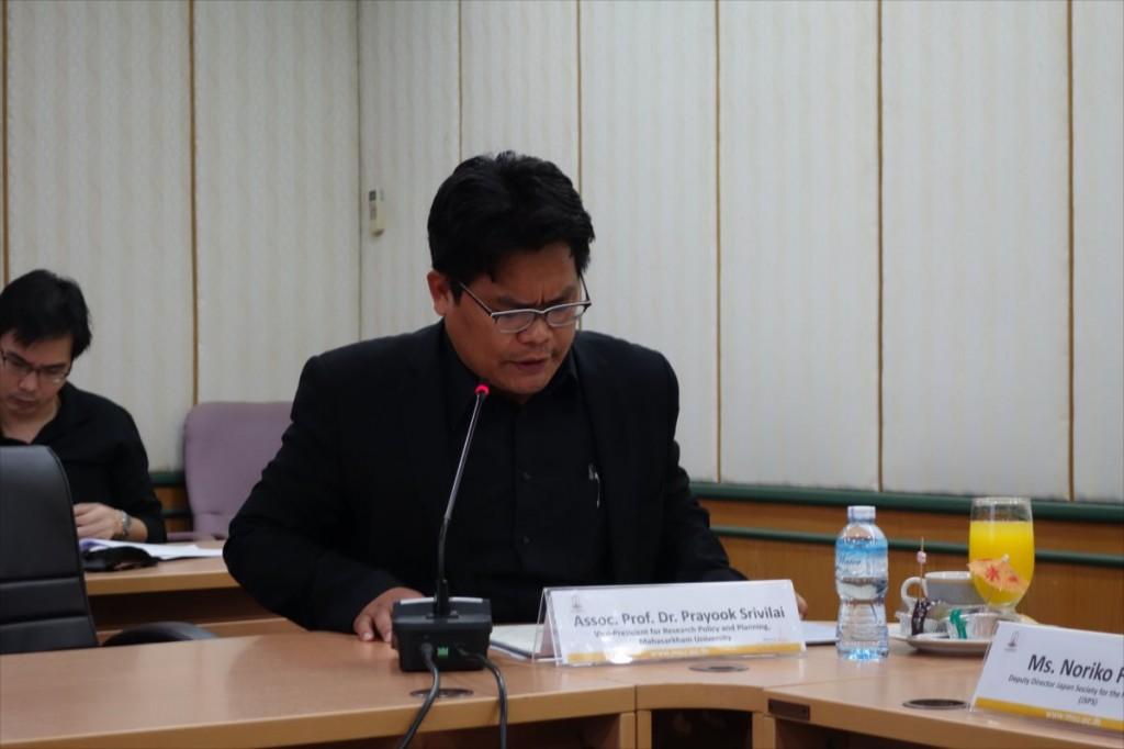 Asst. Prof. Dr. Prayook副学長
