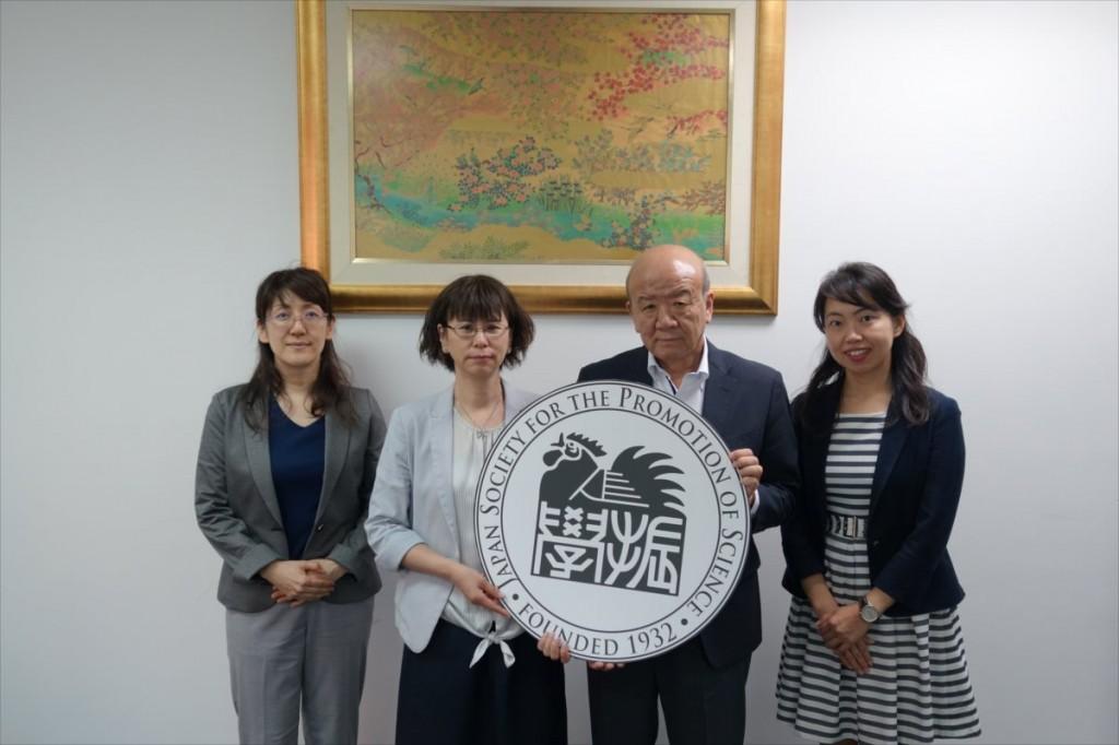 清水職員、鎌澤課長、山下センター長、古屋副センター長