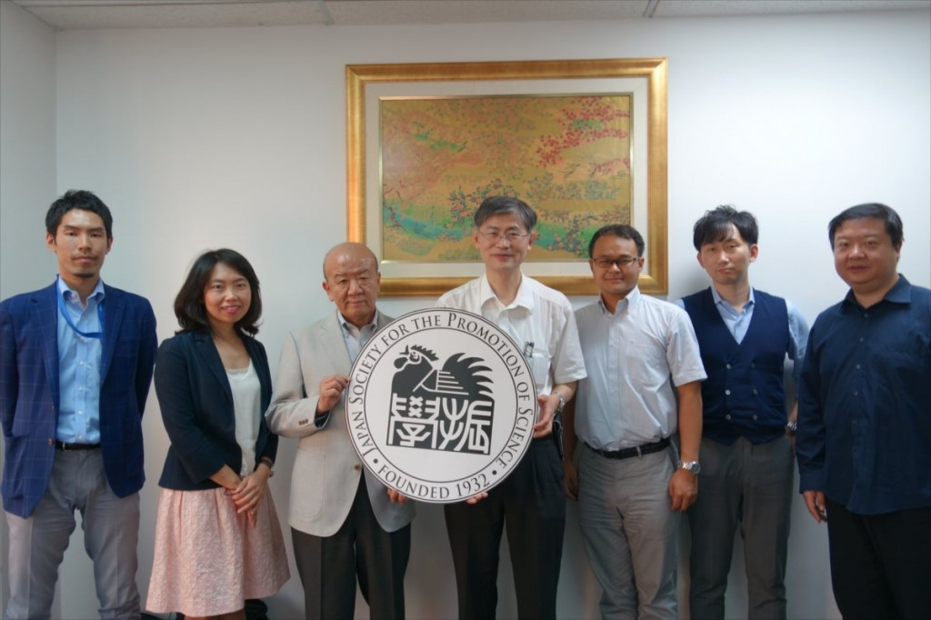 バンコクセンター職員と程副学長、川口准教授、菅家取締役、陳特任准教授