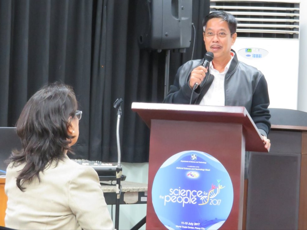 Quezon州Mulanay市長のHon. Joselito Ojeda氏