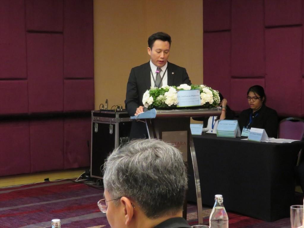 Dr. Nattanon Phaiboonsilpa(モデレーター)