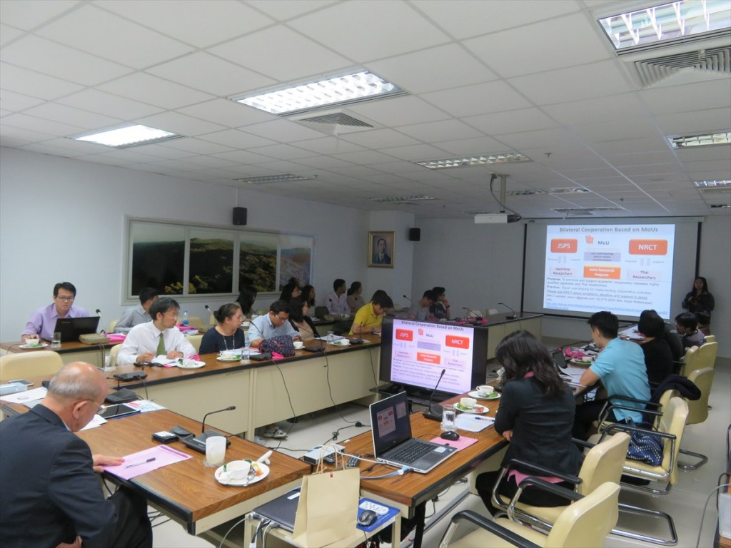 JSPS国際交流事業説明の様子