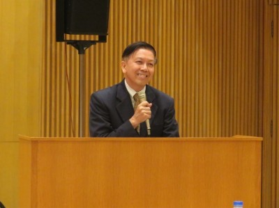 Dr. Surachat Bumrungsuk