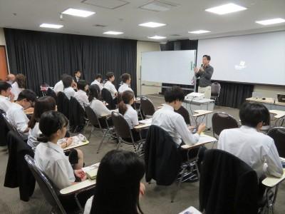 国際交流基金バンコク日本文化センター・吉岡所長
