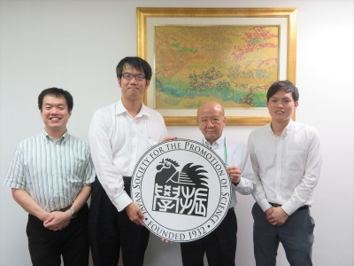松浦講師(左から2人目)