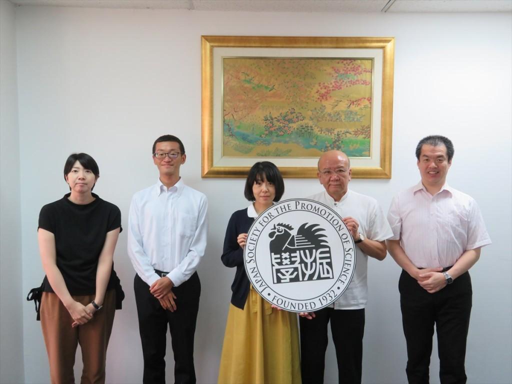 西野教育企画係長(左から3人目)
