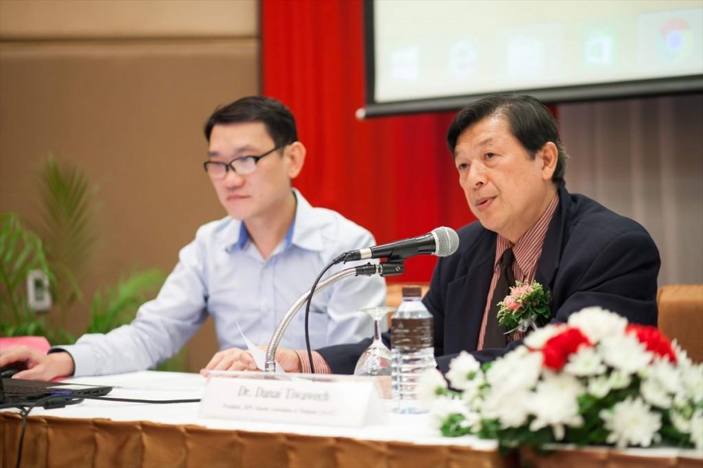 Dr. Danai (Right) and Dr. Kittisak (Left)